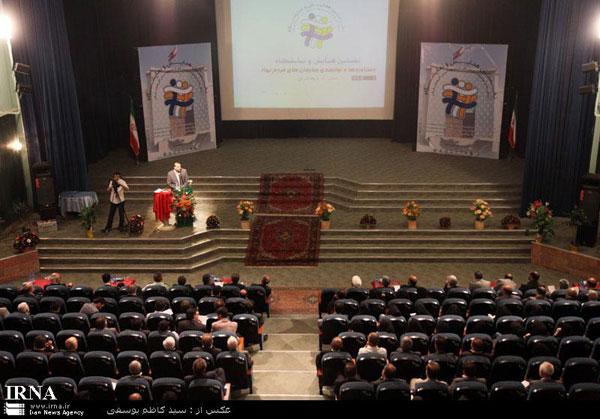نخستین همایش و نمایشگاه دستاوردها و توانمندی سازمان های مردم نهاد آذربایجان شرقی