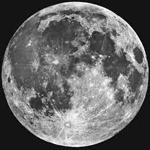 چرا ماه گاهی کوچکتر و گاهی بزرگتر دیده میشود؟