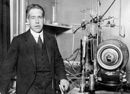 تاریخچه فیزیک قسمت سوم،نیلز بور